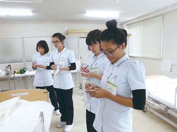 ミャンマーからの技能実習生を 受け入れています。