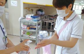 感染予防のために勉強会を実施しました。